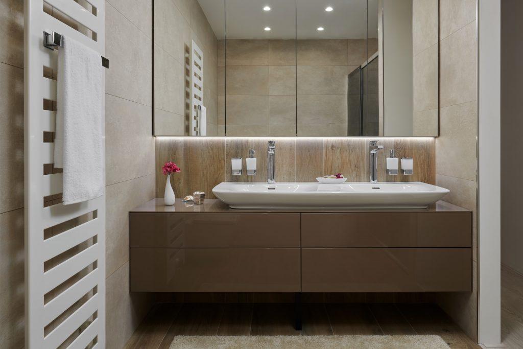 Romantická koupelna vpřírodním stylu