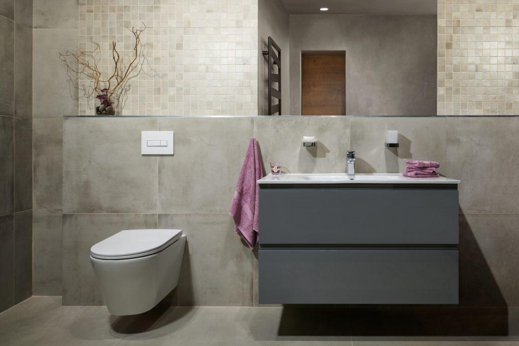 Moderní nadčasová koupelna