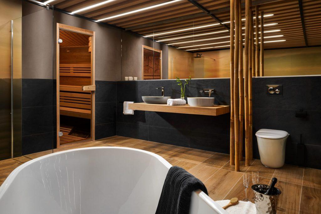 Koupelna ve dřevě jako oáza klidu a relaxu